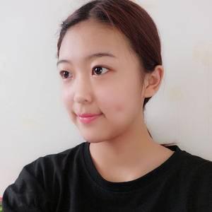 硅胶假体隆鼻术