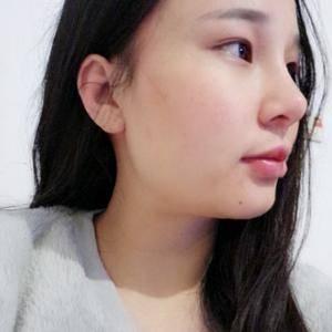 月月的鼻综合手术